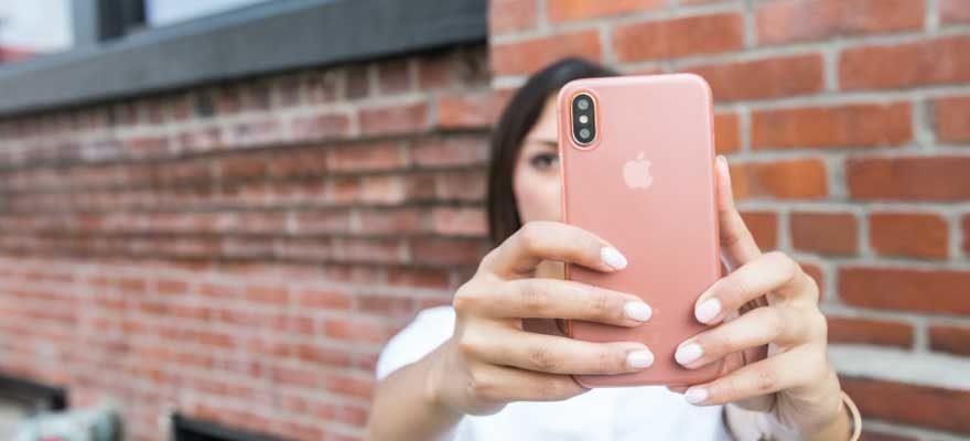 minimalist iphone cover